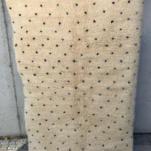 Beni Ourain Teppe Dots 180 x 114 cm