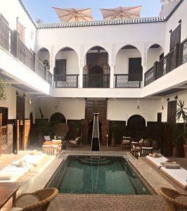 Cosa innkjøp av marrokanske tepper i Marrakech