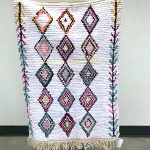 Boucherouite teppe i vakre pasteller. Håndvevd og unikt marokkansk teppe.