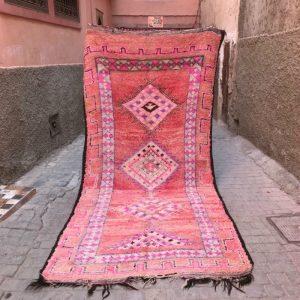 Bejaad teppe 330 x 155 cm. Vintage og vevd for hånd i Marokko. Unikt.