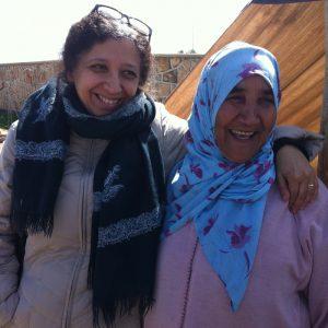 Om Cosa. Vi håndplukker tepper vevd for hånd av kvinner i Marokko.