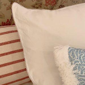 Nydelig håndbrodert sengetøy i egyptisk bomull.