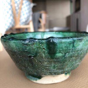 Nydelig keramikkskål laget for hånd i Marokko. Se mer på Cosa.no