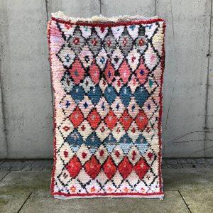 Boucherouite teppe fra Marokko. Håndplukket utvalg av marokkanske tepper på Cosa.no.