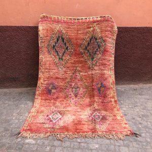 Unikt vintageteppe fra Marokko. Kjøp det her!