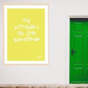 My kitchen is for dancing. Sjekk alle de jungle plakatene I nettbutikken.