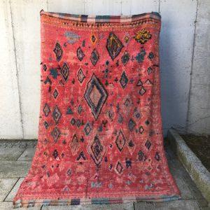 Vintageteppe fra Marokko i friske farger!