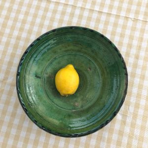 Nydelig salatbolle. Perfekt til sommersalaten - eller bare som dekorasjon!